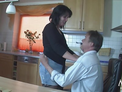 German Mature banged in the kitchen