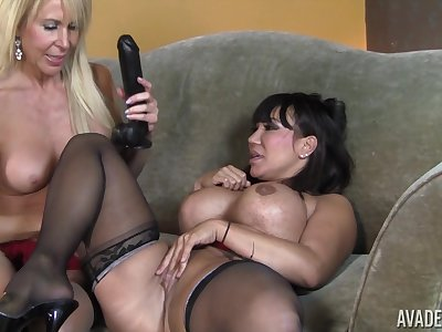 Ava And Erica Lez Out - Mature Dykes Hard Sex