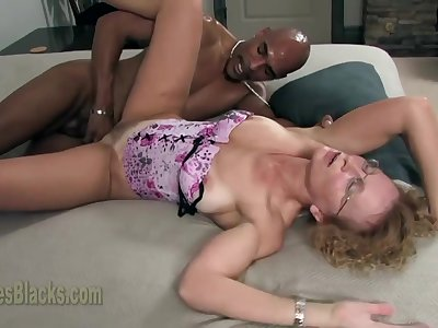 Cathy Creampie Vs The Big Black Phat Dick