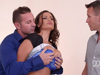 Sensual Jane - Hot Gangbang Porn Video