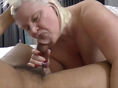 English old lady sucks titanic dark cock
