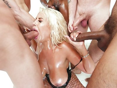 Dominate blonde whore enjoys first blow bourgeon
