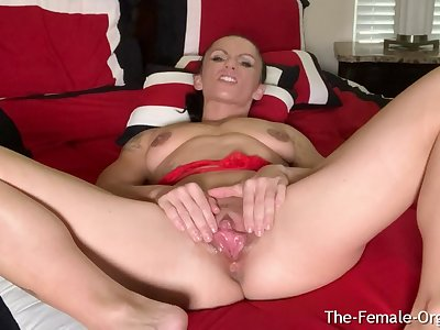 MILF Rubs Huge Clit and Big Lips Discerning Clenching Orgasm