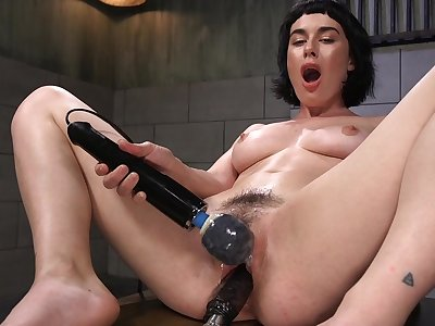 Horny solo latitudinarian olive Glass is naked and penetrates her wet cunt