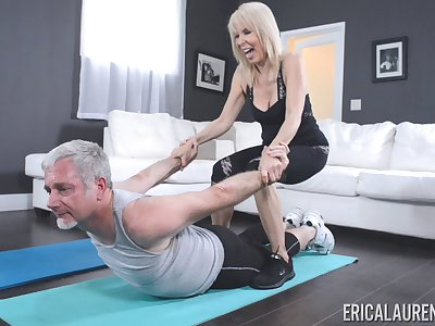 Personal trainer Erica Lauren fucked by her saleable older client