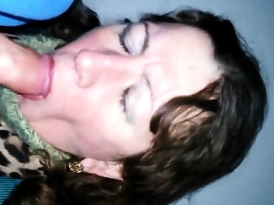 Russian mature slut blowjob