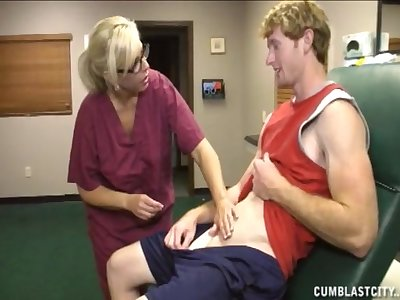 Mature nurse knows despite that forth make her patiend empty his load of old cobblers