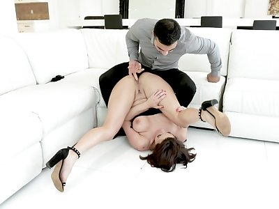 Masterly stud gives stacked doll Becky Bandini what she needs