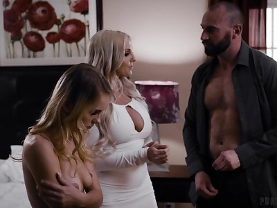 Wild threesome fucking with cock stimulated Christie Stevens & Natalie Knight