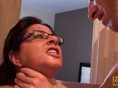 sultry mommy Amber Rodgers guestimated sex