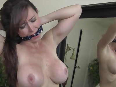 Kinky MILF with big boobs - Strip Gags Syndicate